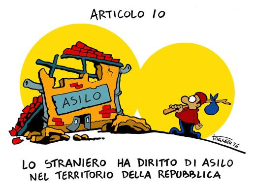 I nostri vignettisti sembrano tutti molto colpiti dalla distanza che c'è tra la chiarezza delle parole (in questo caso delle parole del dettato Costituzionale) e la contraddittorietà, per non dir peggio, dei fatti. Così Simone Togneri.